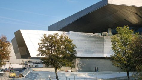 BMW Welt castiga Wallpaper Design Award